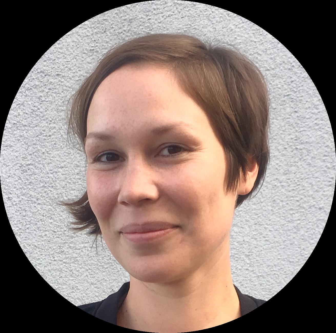 Elise, geboren 1982 <br> in Ostberlin